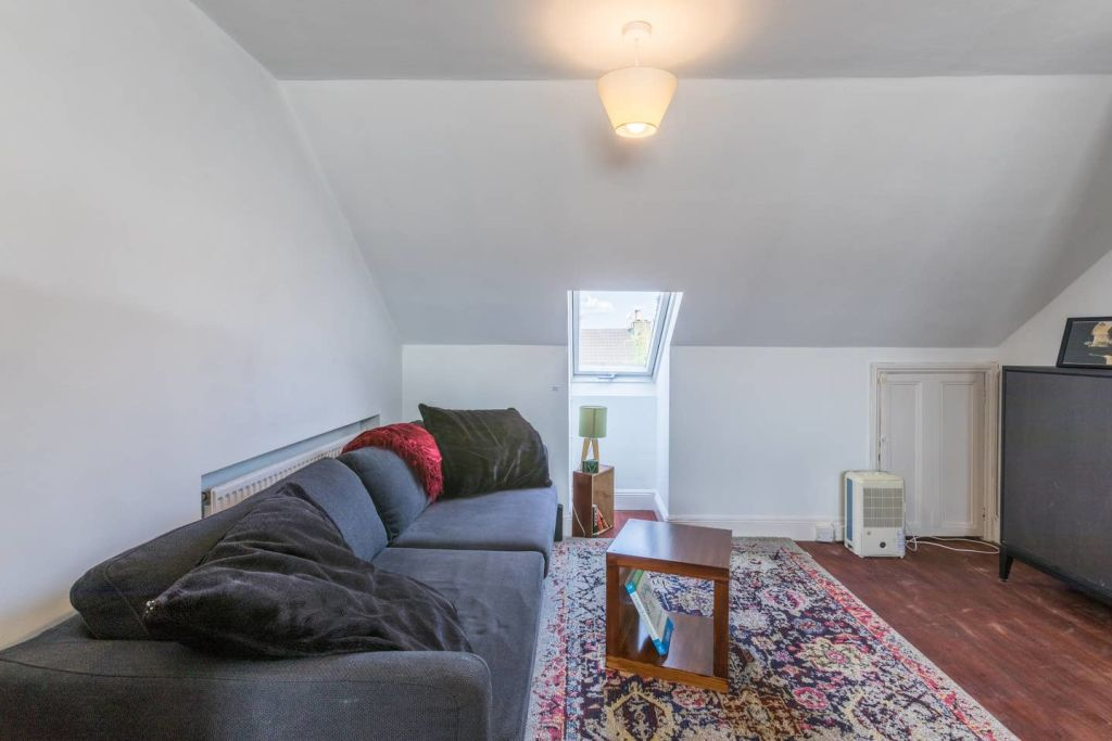 image 8 furnished 1 bedroom Apartment for rent in Harringay, Haringey
