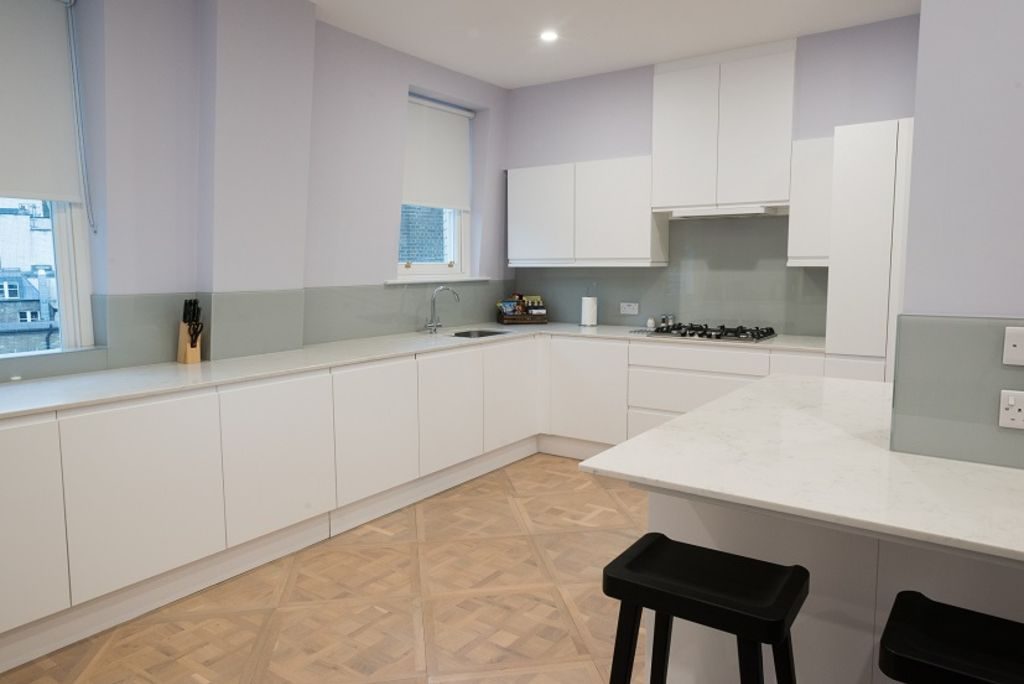 image 8 furnished 3 bedroom Apartment for rent in Westminster, City of Westminster