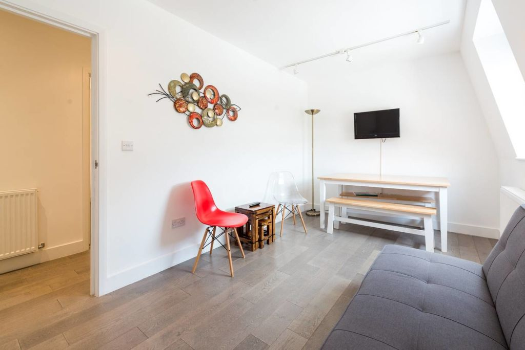 image 4 furnished 2 bedroom Apartment for rent in West Hampstead, Camden