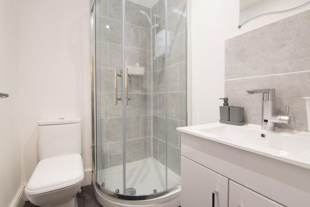 image 8 furnished 2 bedroom Apartment for rent in Derby, Derbyshire