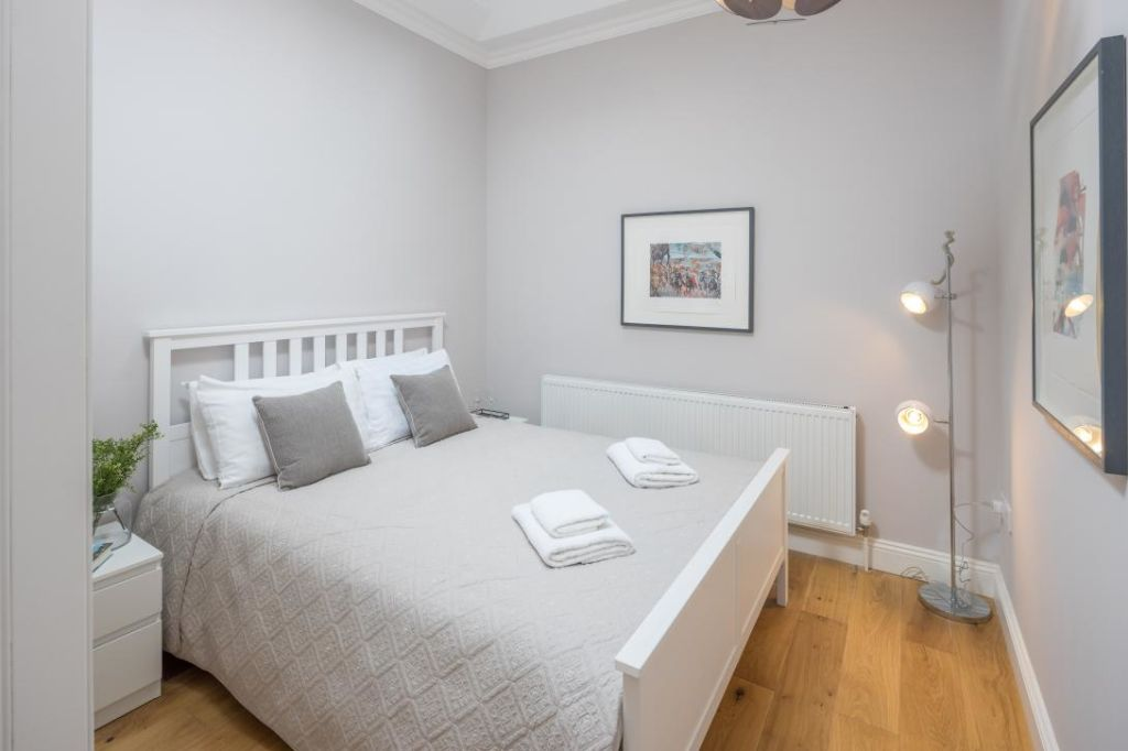 image 3 furnished 3 bedroom Apartment for rent in Notting Hill, Kensington Chelsea