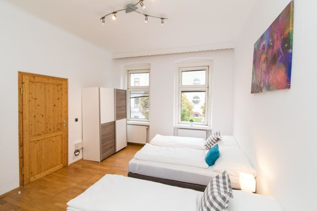 image 7 furnished 3 bedroom Apartment for rent in Ottakring, Vienna