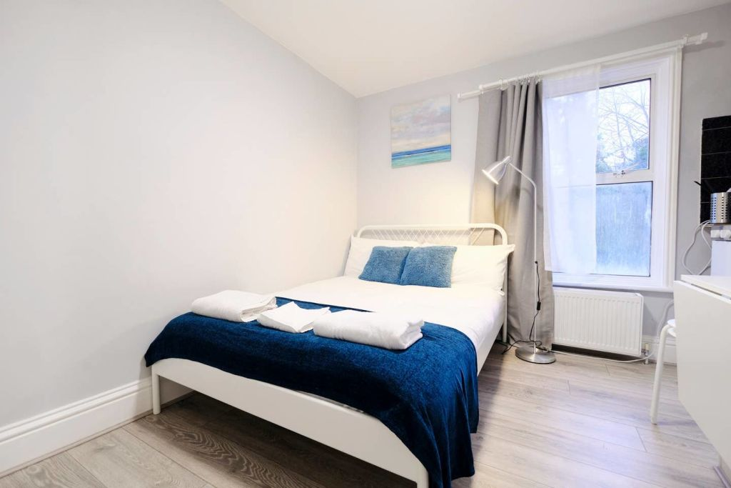 image 8 furnished 1 bedroom Apartment for rent in Acton, Ealing