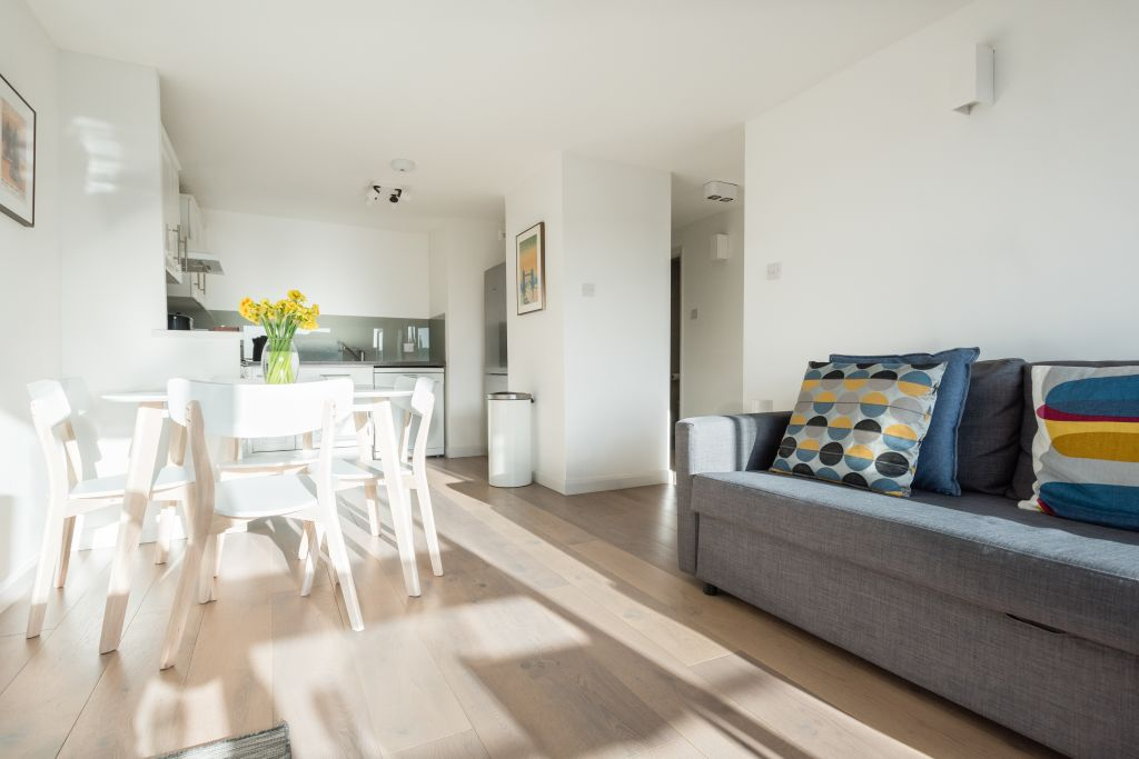 image 8 furnished 1 bedroom Apartment for rent in Wapping, Tower Hamlets