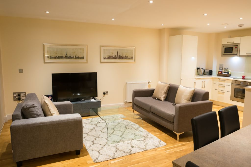 image 1 furnished 2 bedroom Apartment for rent in Bermondsey, Southwark