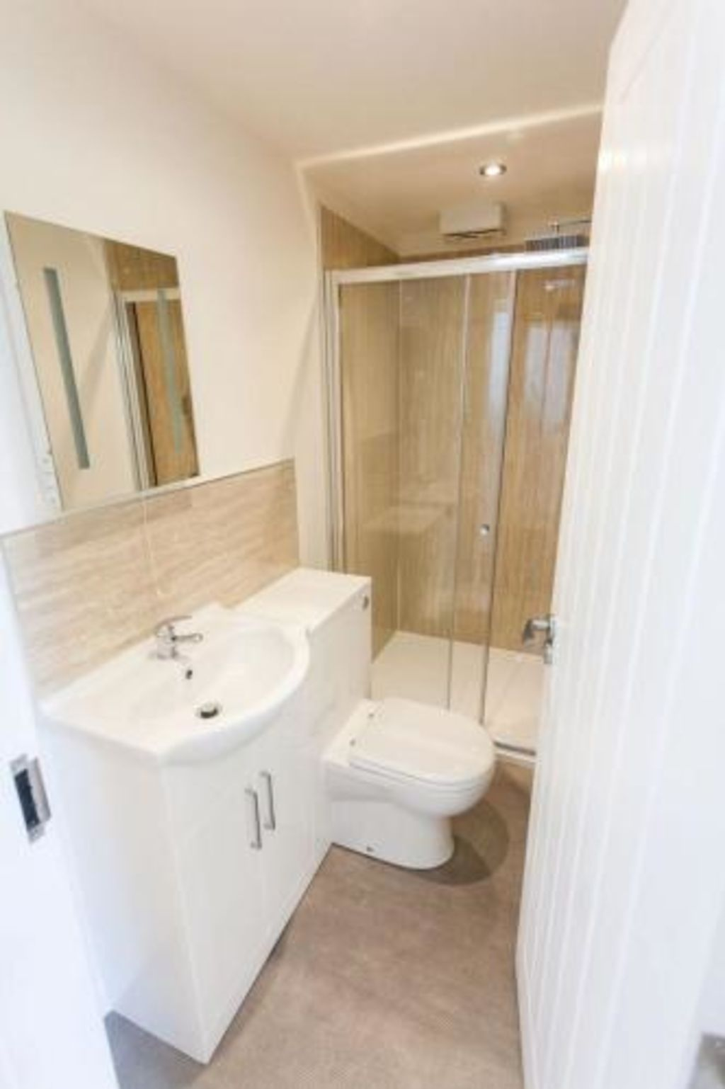 image 4 furnished 1 bedroom Apartment for rent in Kingston upon Hull, East Riding
