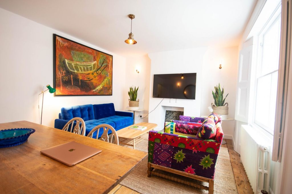 image 6 furnished 3 bedroom Apartment for rent in Islington, Islington