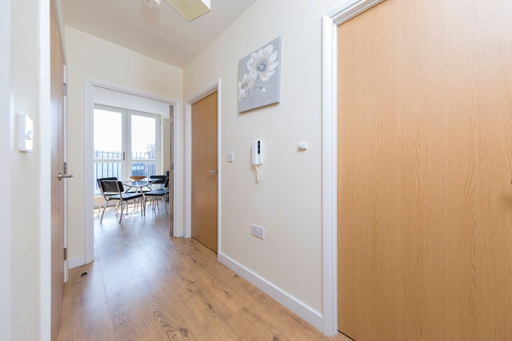 image 4 furnished 2 bedroom Apartment for rent in Maidstone, Kent