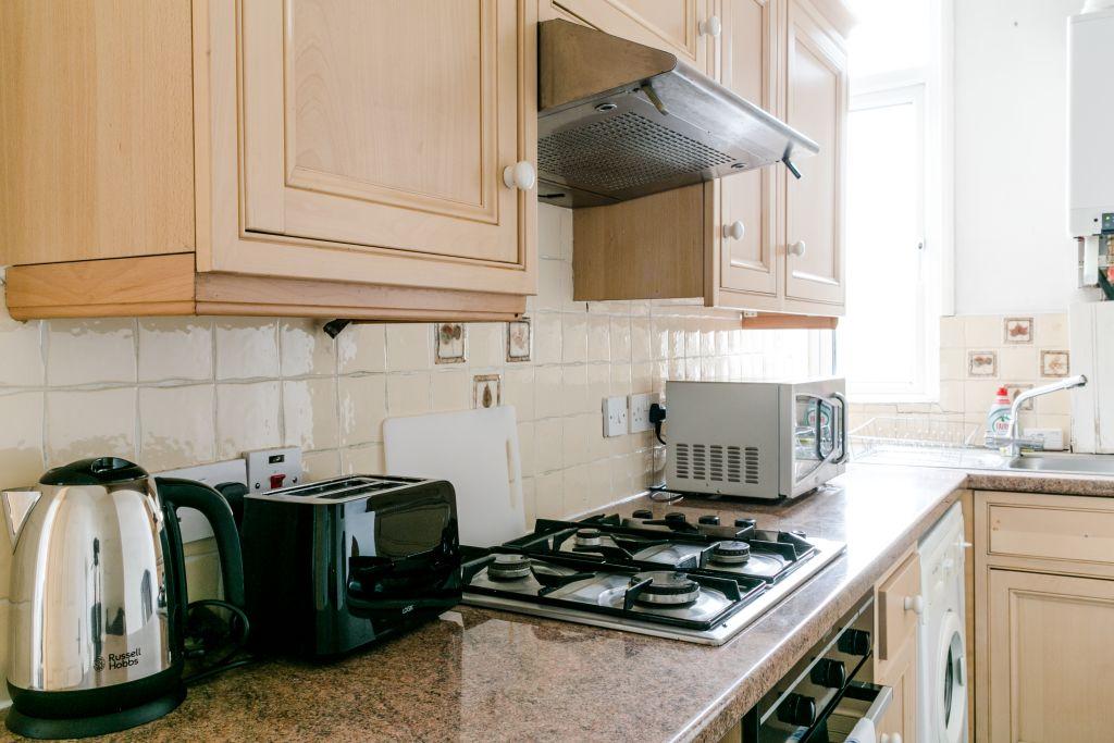 image 3 furnished 1 bedroom Apartment for rent in Stoke Newington, Hackney