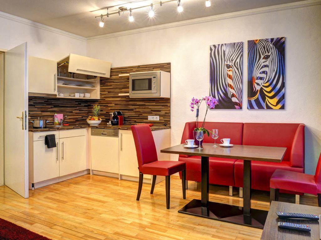 image 3 furnished 1 bedroom Apartment for rent in Josefstadt, Vienna