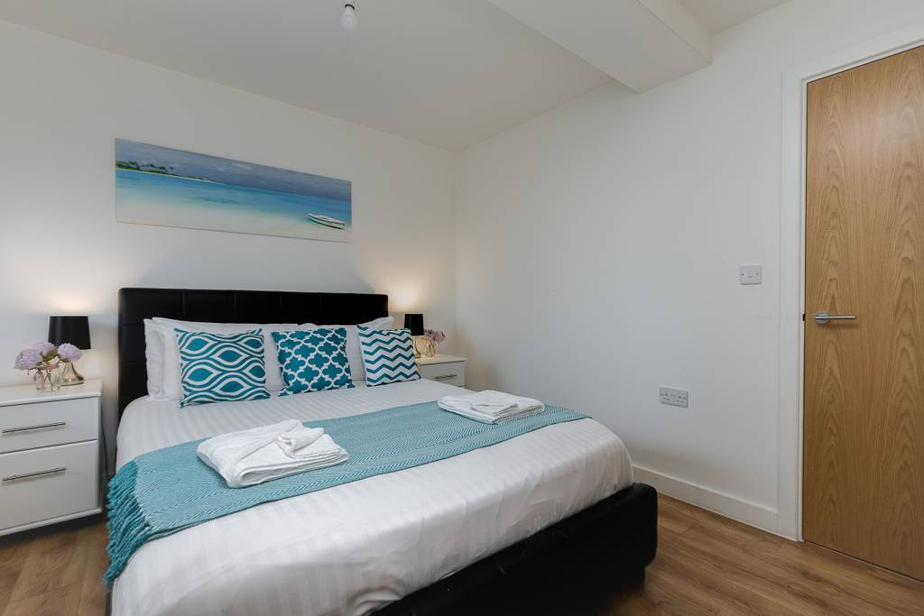 image 10 furnished 1 bedroom Apartment for rent in Enfield Town, Enfield