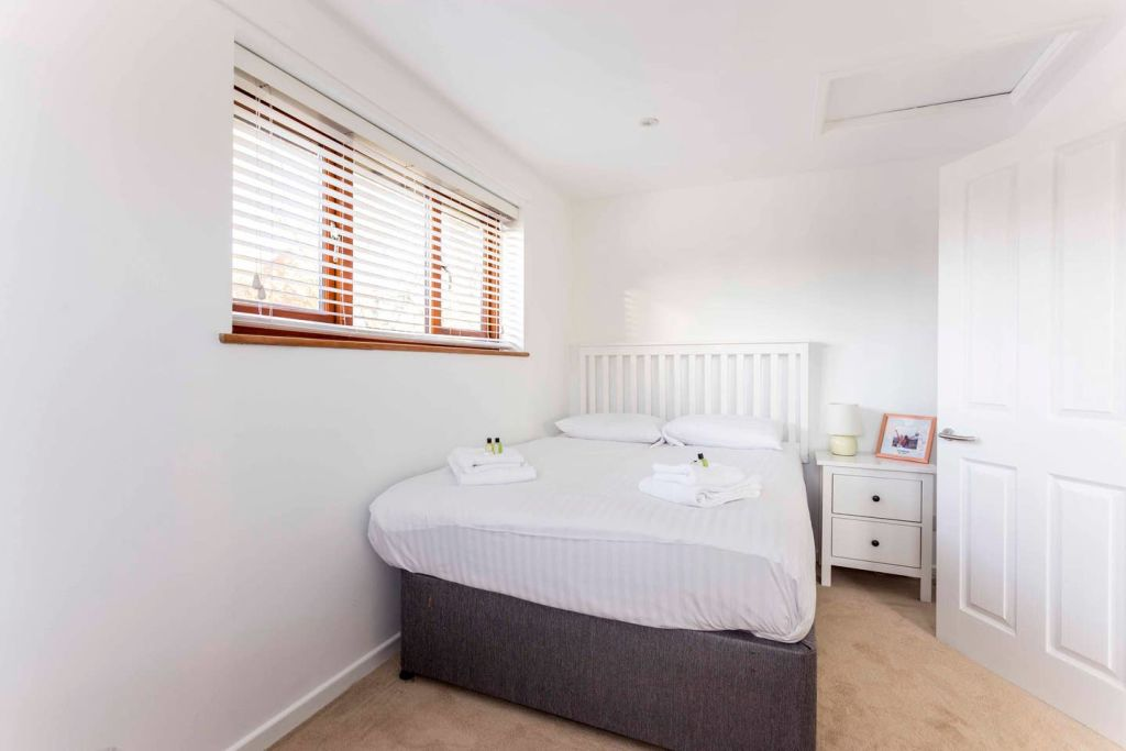 image 8 furnished 1 bedroom Apartment for rent in Cambridge, Cambridgeshire