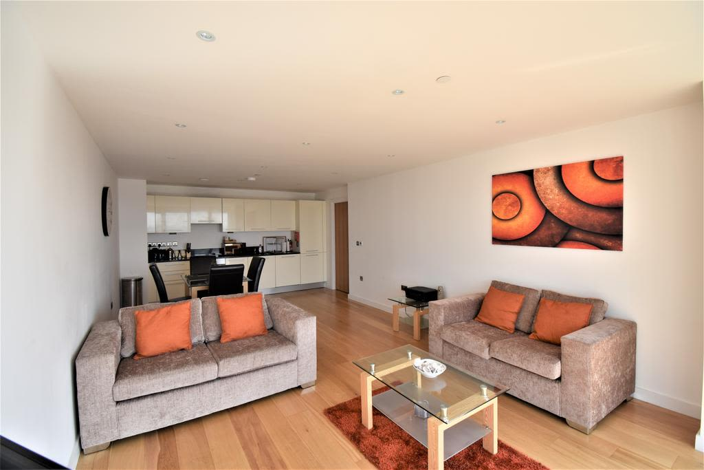 image 6 furnished 2 bedroom Apartment for rent in Slough, Berkshire