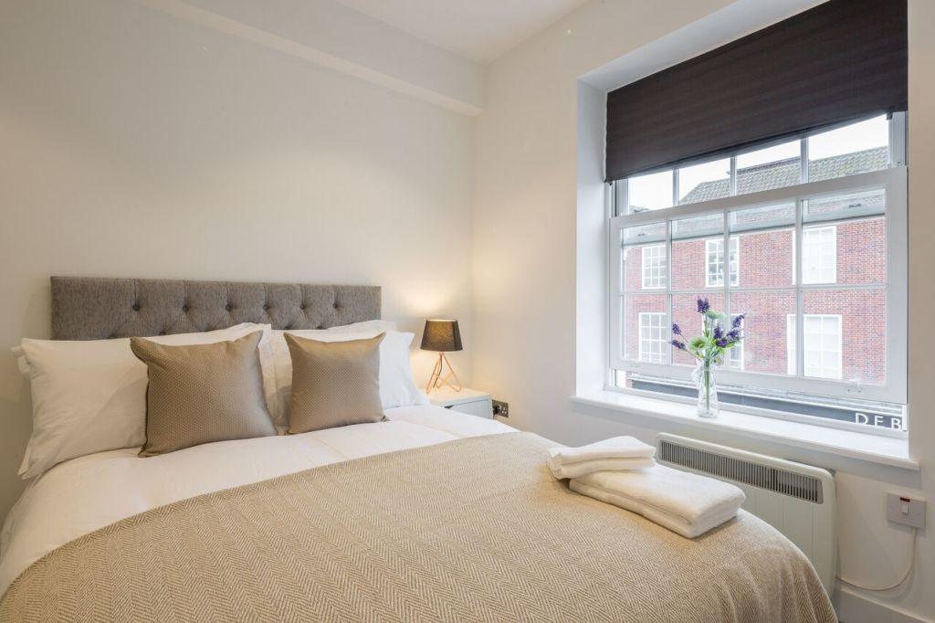 image 1 furnished 2 bedroom Apartment for rent in Welwyn Hatfield, Hertfordshire