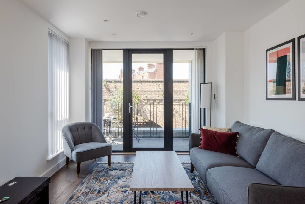 image 1 furnished 1 bedroom Apartment for rent in Brixton, Lambeth