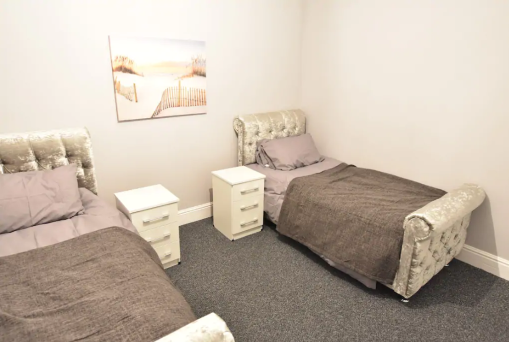 image 6 furnished 4 bedroom Apartment for rent in Stoke, Coventry
