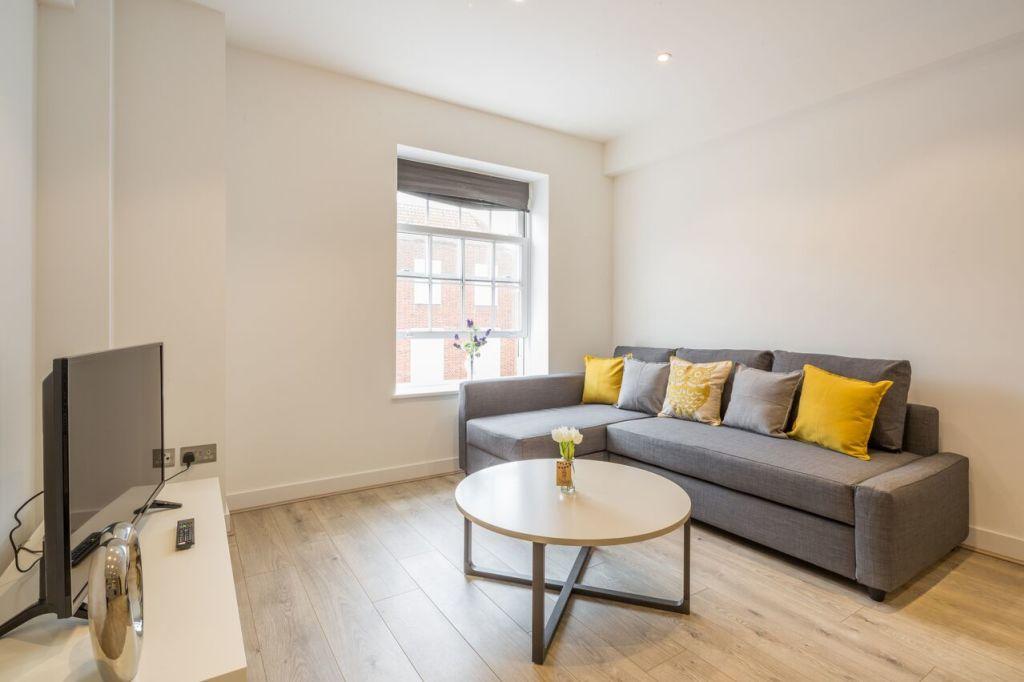 image 7 furnished 2 bedroom Apartment for rent in Welwyn Hatfield, Hertfordshire