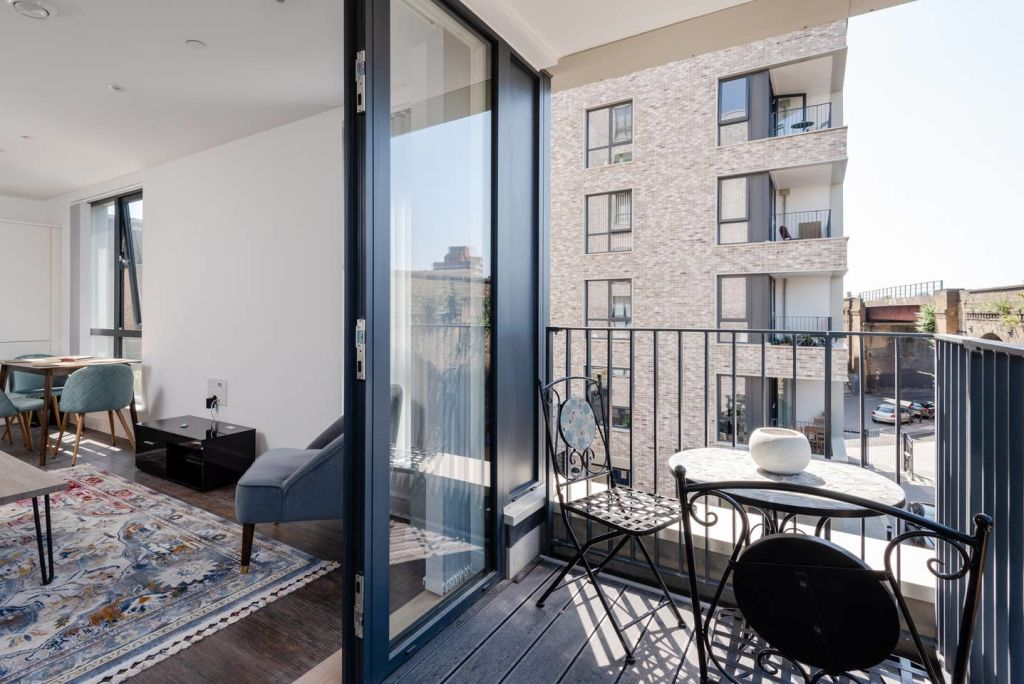 image 8 furnished 1 bedroom Apartment for rent in Brixton, Lambeth