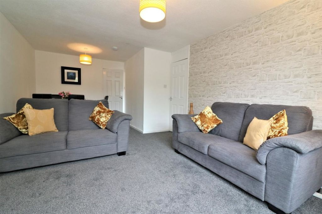 image 1 furnished 4 bedroom Apartment for rent in Glasgow, Scotland