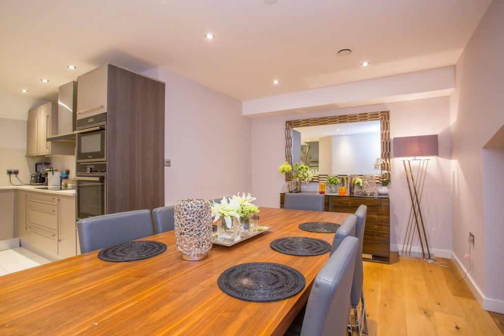 image 7 furnished 5 bedroom Apartment for rent in Westminster, City of Westminster