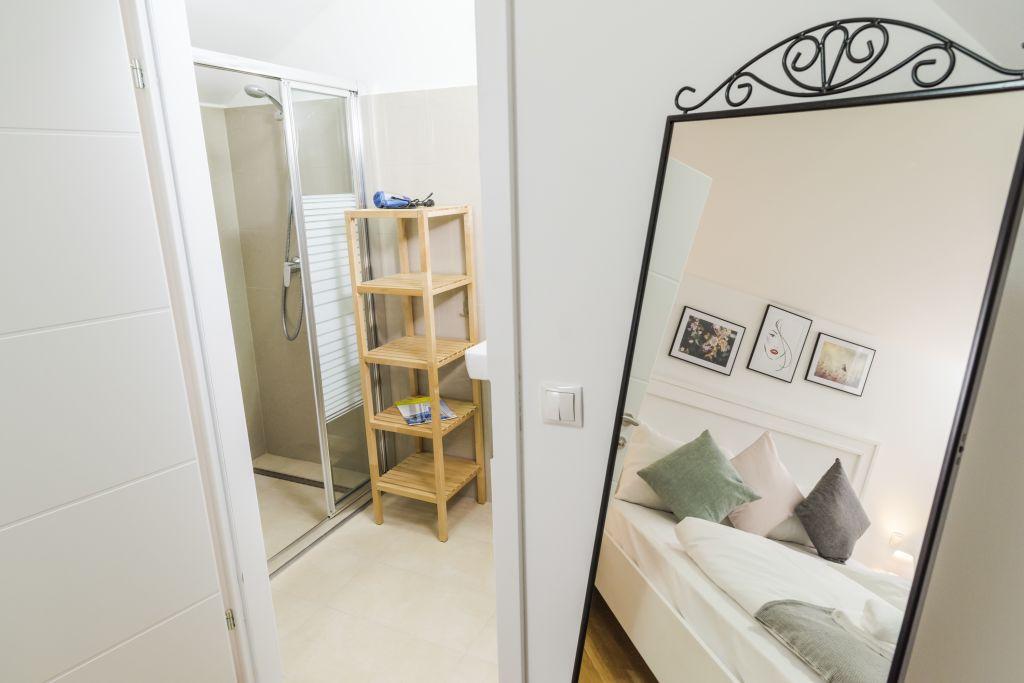 image 7 furnished 3 bedroom Apartment for rent in Landstrabe, Vienna