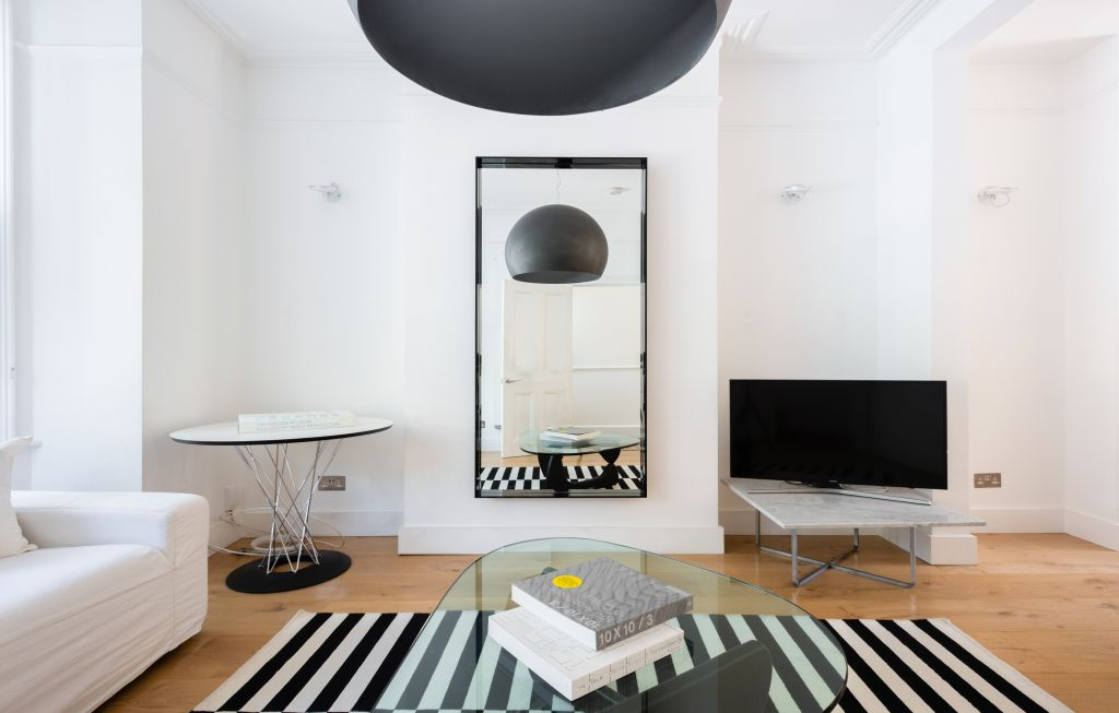 image 2 furnished 4 bedroom Apartment for rent in White City, Hammersmith Fulham