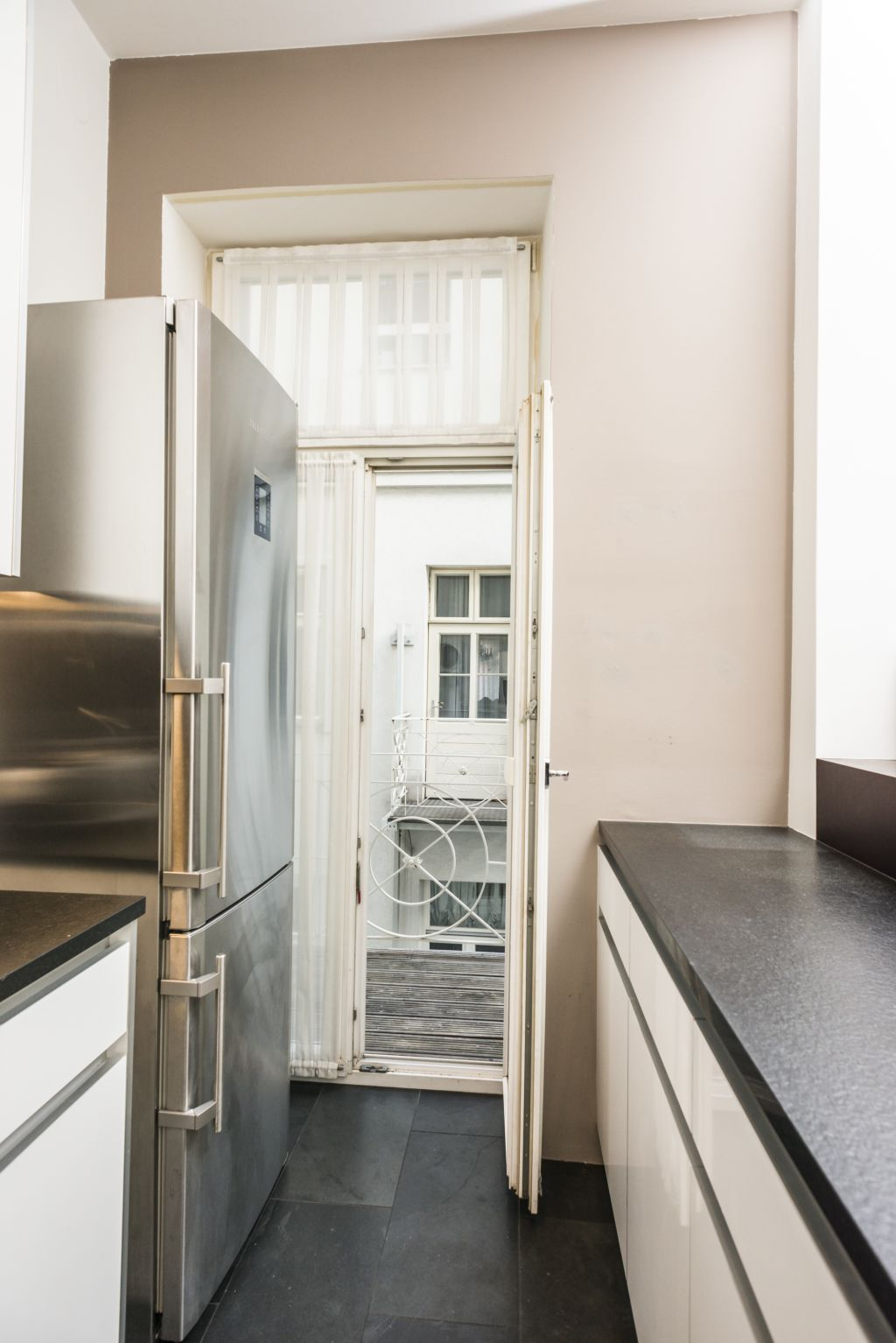 image 4 furnished 2 bedroom Apartment for rent in Innere Stadt, Vienna