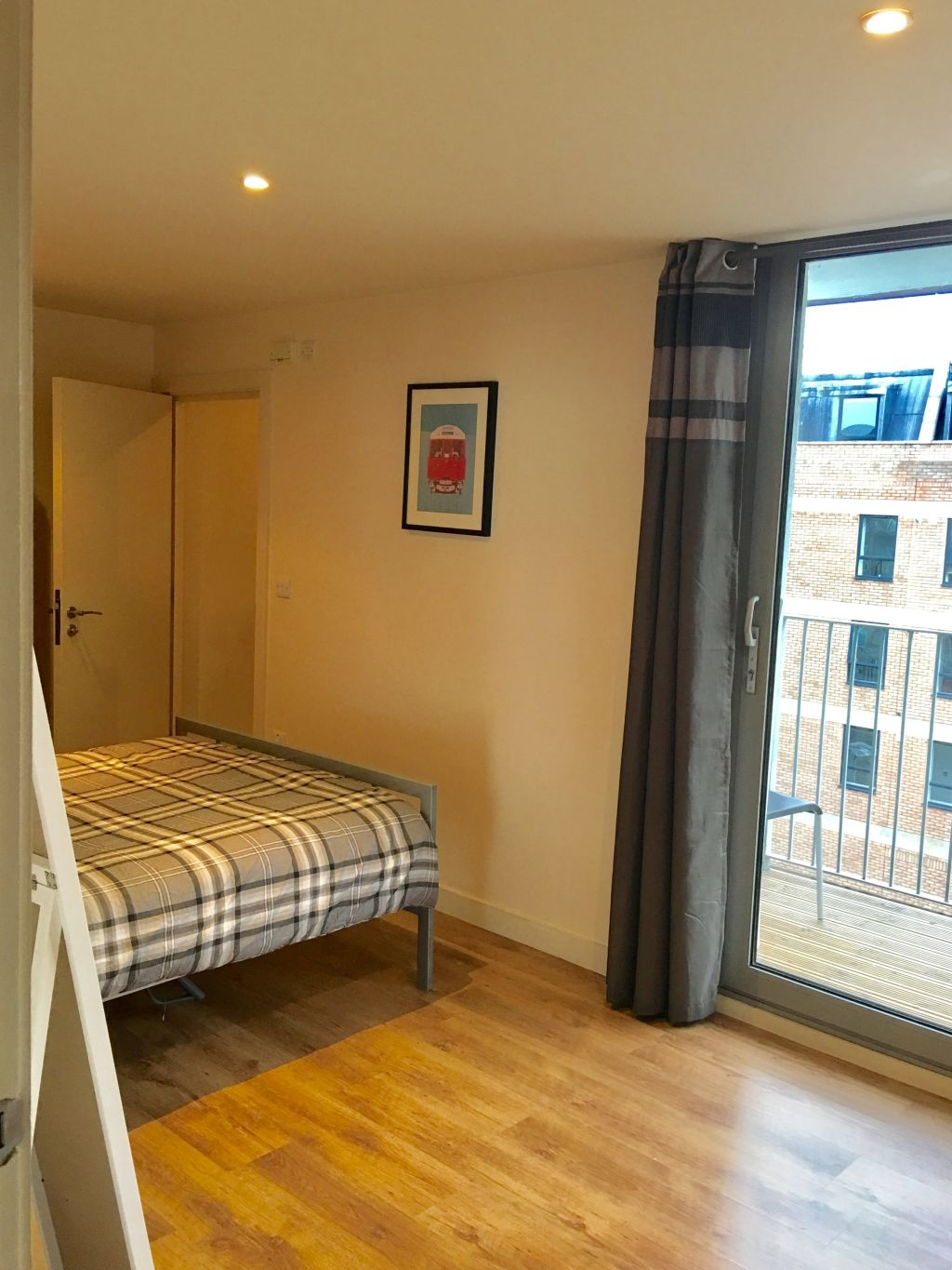 image 8 furnished 2 bedroom Apartment for rent in Bethnal Green, Tower Hamlets