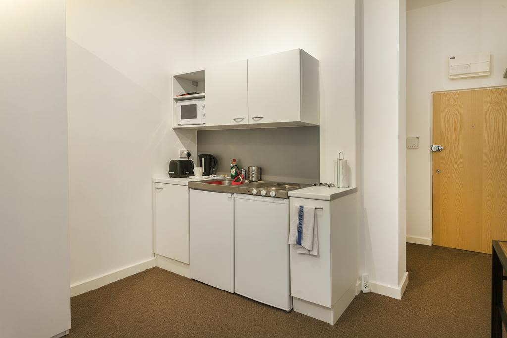 image 7 furnished 1 bedroom Apartment for rent in Sefton, Merseyside