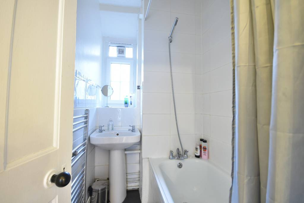 image 10 furnished 2 bedroom Apartment for rent in Newington, Southwark