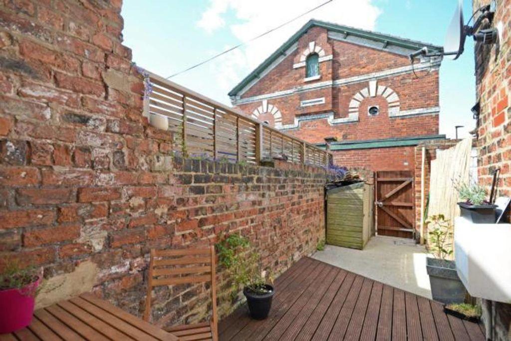 image 10 furnished 1 bedroom Apartment for rent in Leeds, West Yorkshire