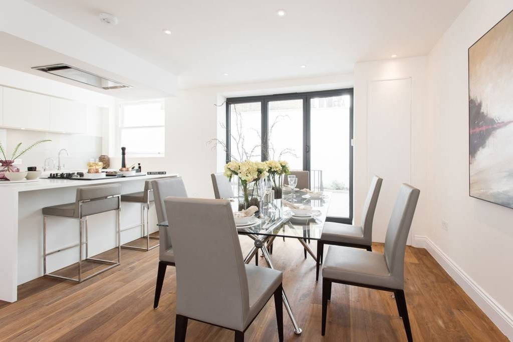 image 4 furnished 3 bedroom Apartment for rent in Camden Town, Camden