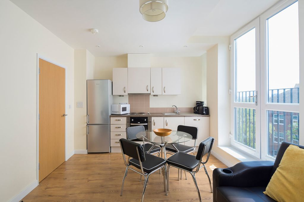 image 2 furnished 2 bedroom Apartment for rent in Maidstone, Kent