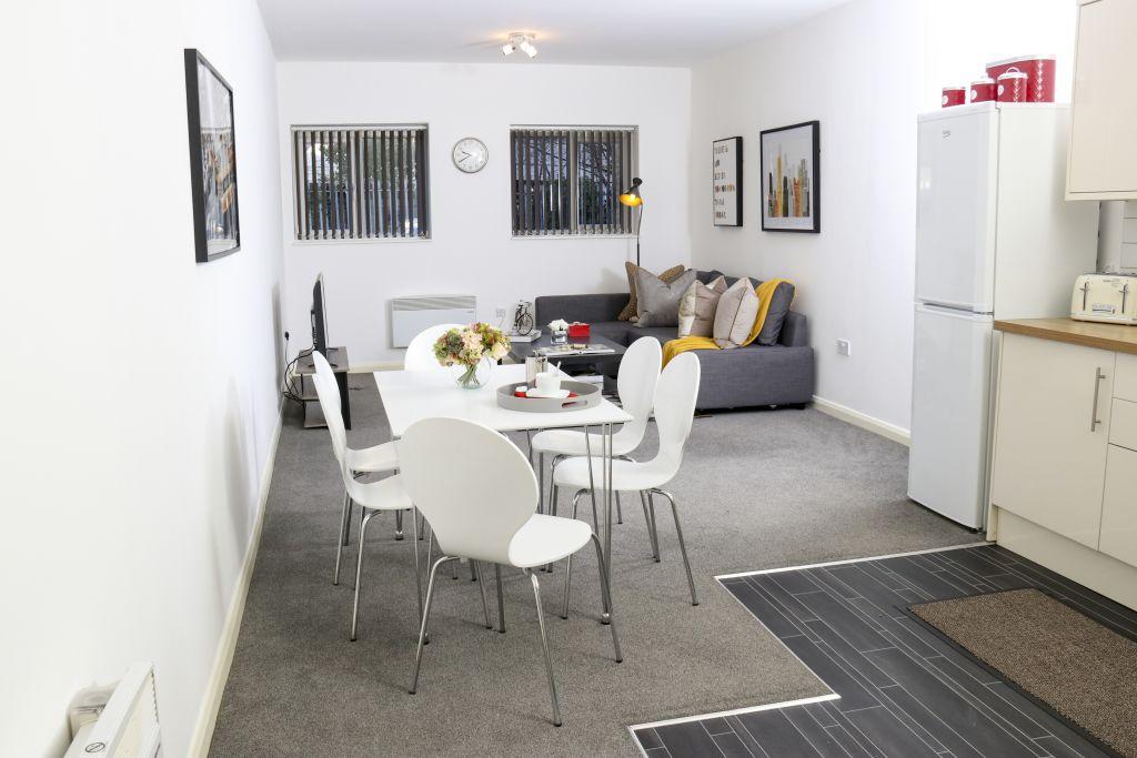 image 10 furnished 3 bedroom Apartment for rent in Watford, Hertfordshire