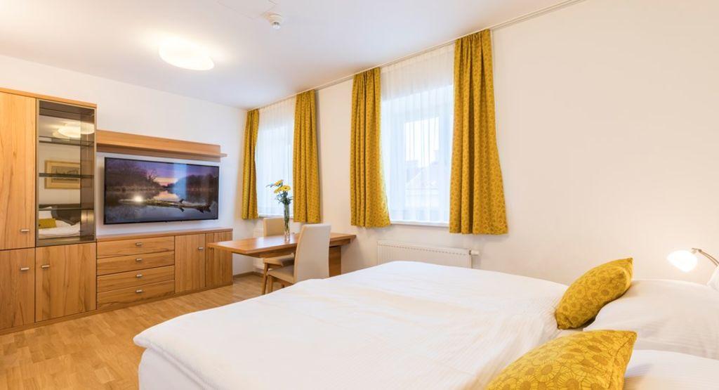 image 2 furnished 3 bedroom Apartment for rent in Brigittenau, Vienna