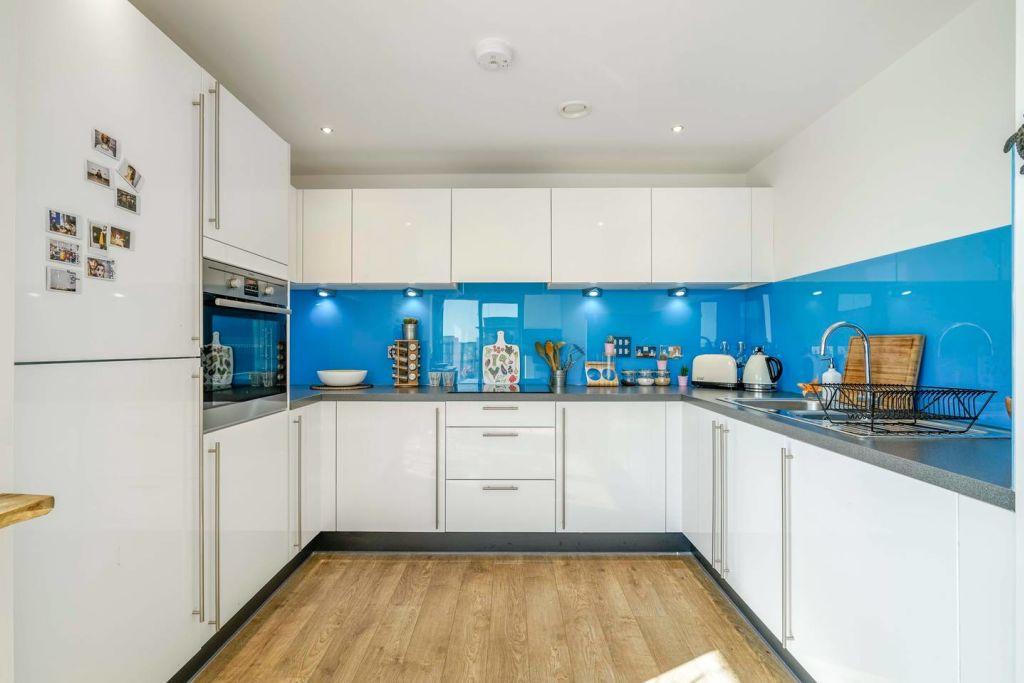 image 5 furnished 1 bedroom Apartment for rent in Tottenham Hale, Haringey