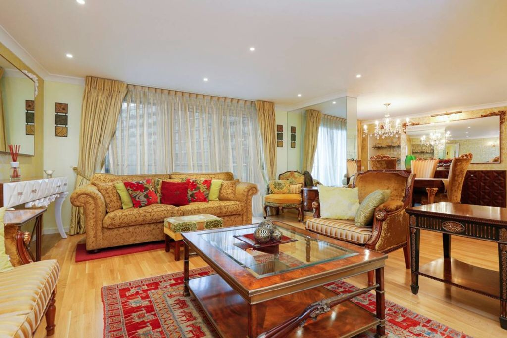 image 1 furnished 3 bedroom Apartment for rent in Cubitt Town, Tower Hamlets