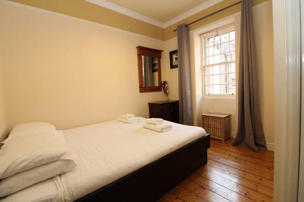 image 8 furnished 1 bedroom Apartment for rent in Edinburgh, Scotland