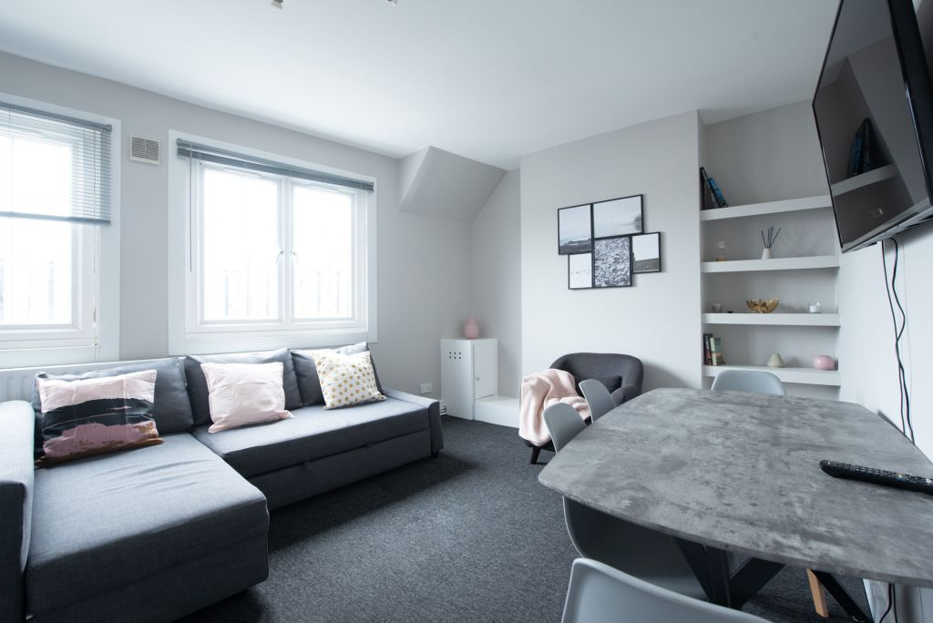 image 2 furnished 1 bedroom Apartment for rent in Walworth, Southwark