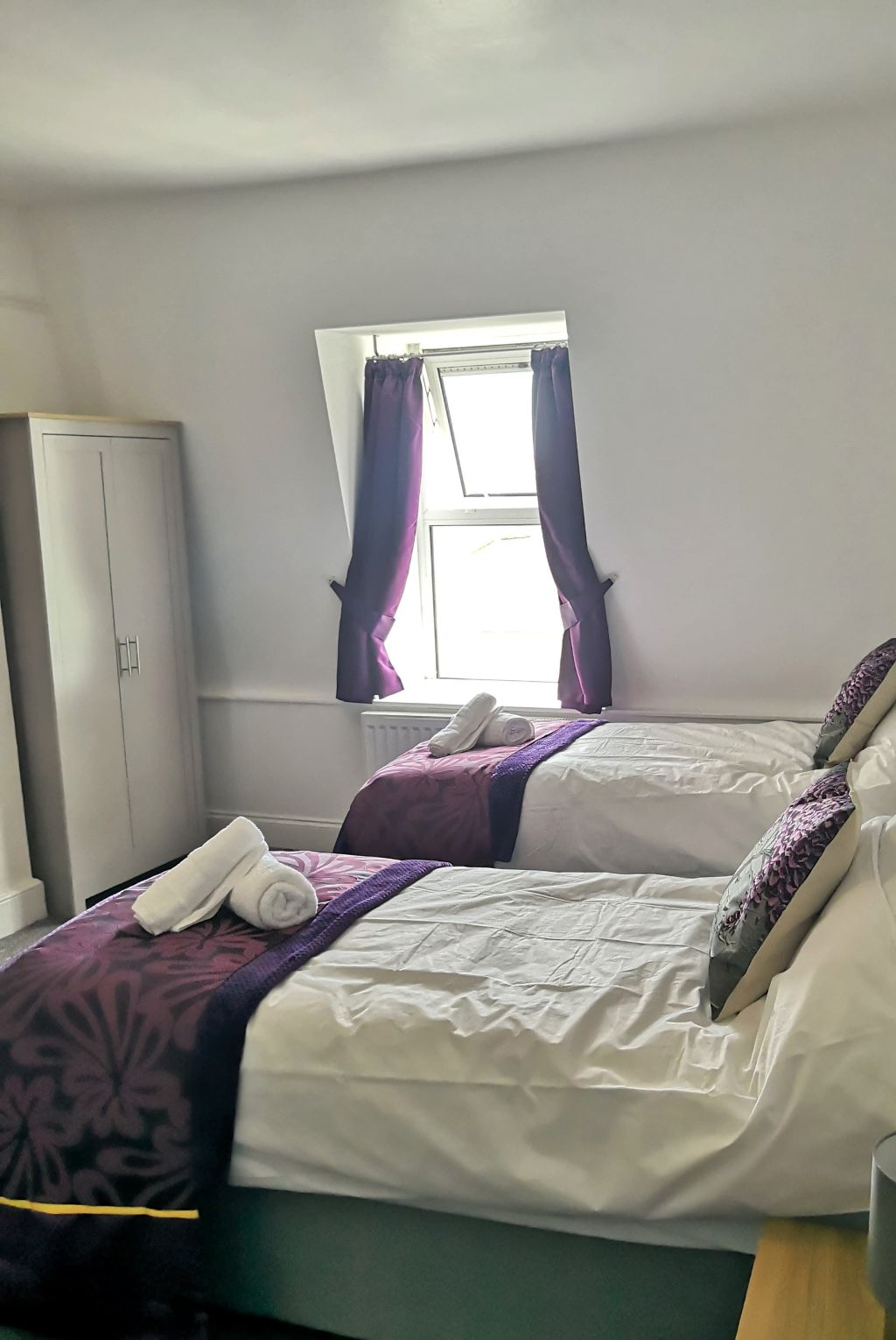 image 9 furnished 3 bedroom Apartment for rent in Compton, Wolverhampton