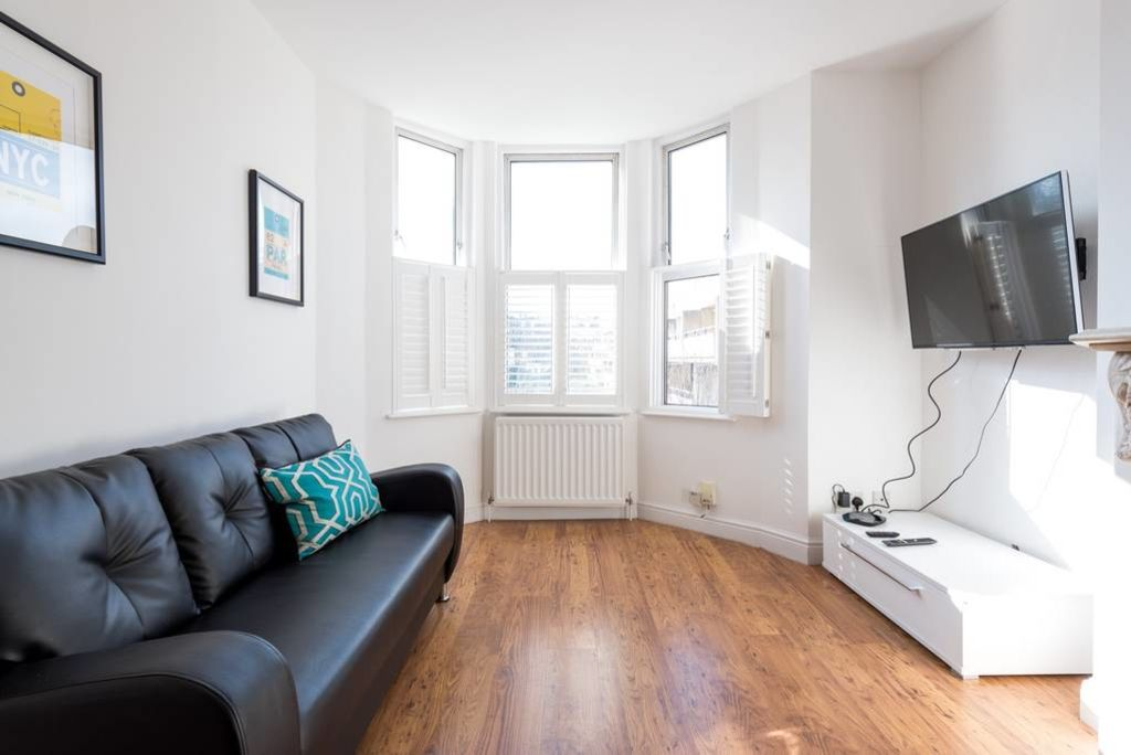 image 10 furnished 2 bedroom Apartment for rent in Kilburn, Brent