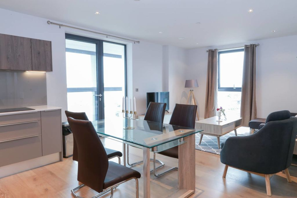 image 2 furnished 2 bedroom Apartment for rent in Vauxhall, Lambeth
