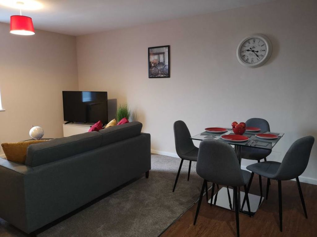 image 3 furnished 2 bedroom Apartment for rent in Longford, Hillingdon