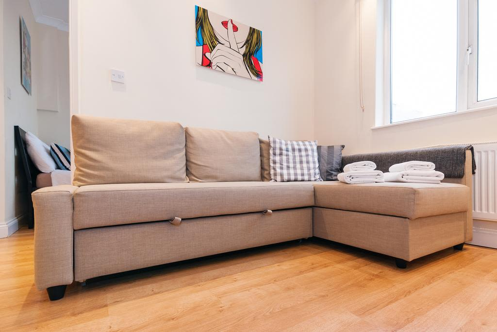 image 6 furnished 1 bedroom Apartment for rent in Finsbury, Islington