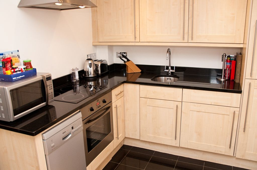 image 4 furnished 1 bedroom Apartment for rent in Tower, City of London