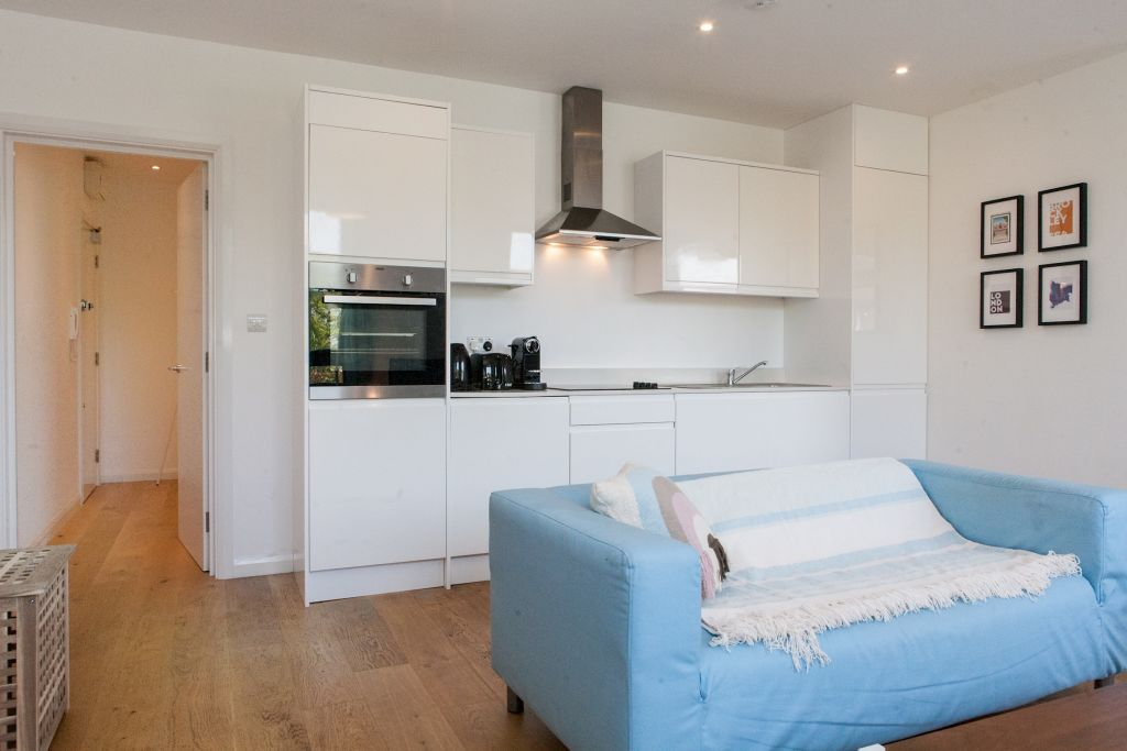 Brockley Studio 9min walk to Station, sleeps 2