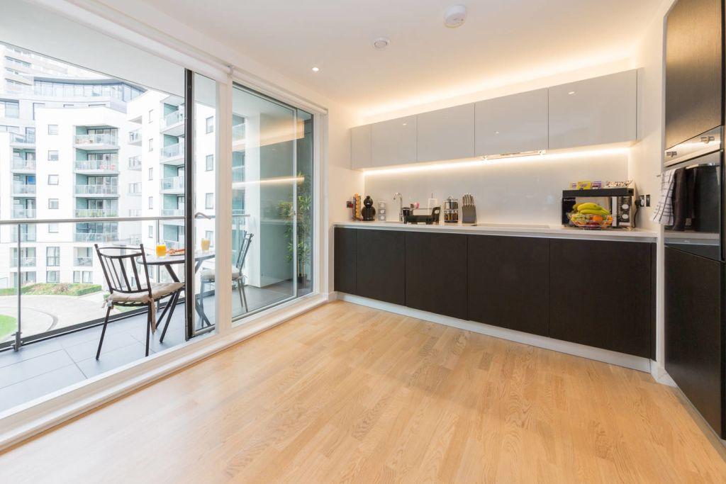 image 1 furnished 2 bedroom Apartment for rent in Brentford, Hounslow