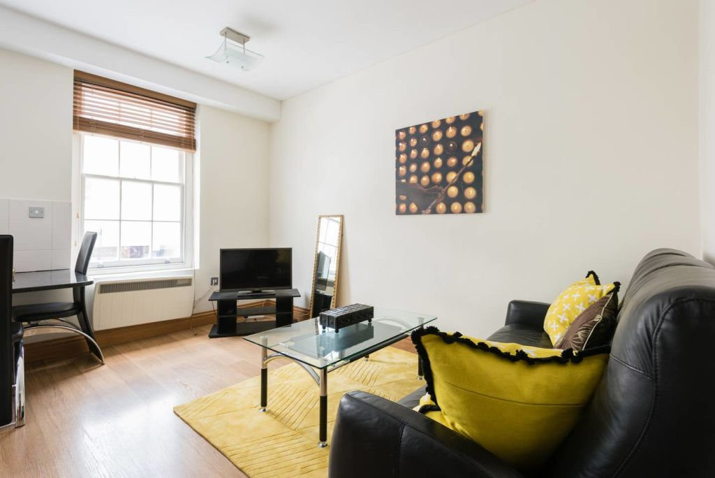 image 5 furnished 1 bedroom Apartment for rent in Cheap, City of London
