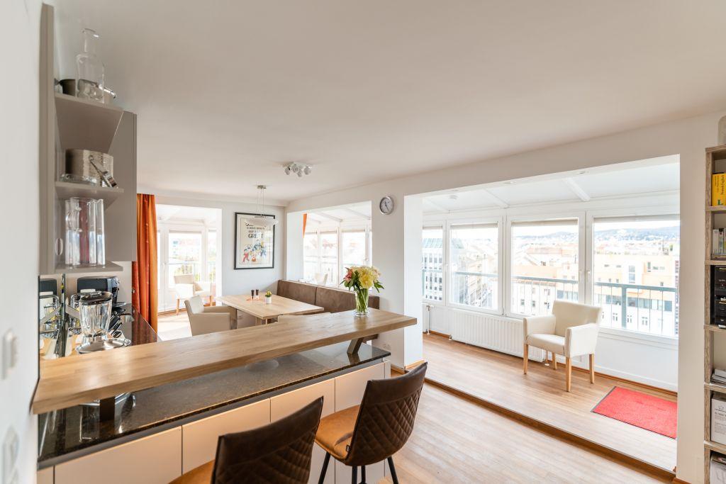 image 5 furnished 3 bedroom Apartment for rent in Josefstadt, Vienna