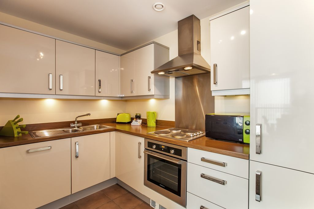 image 9 furnished 2 bedroom Apartment for rent in Milton Keynes, Buckinghamshire